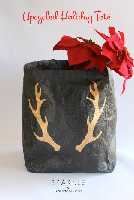 Easy Upcycled Holiday Tote