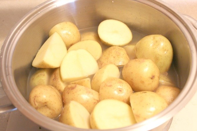 Amazing and Easy Mashed Potatoes