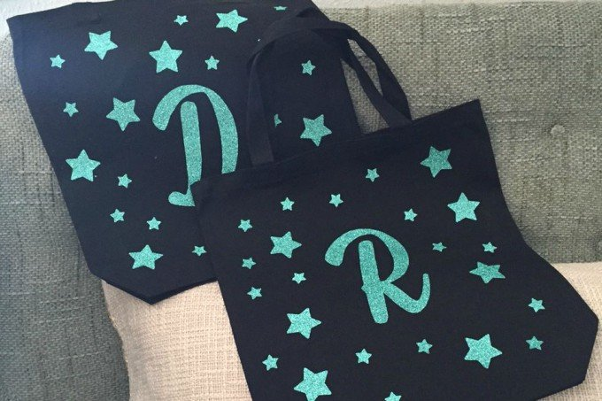 Sparkly Summer Totes With Heat Transfer Vinyl