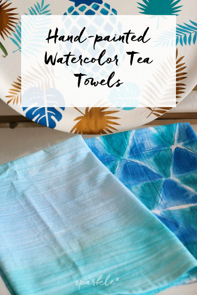 Make these gorgeous watercolor-like tea towels just using fabric dye, brushes and water. No artistic skills required. I promise!