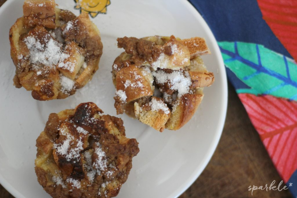 Cinnamon French Toast Breakfast Muffins! French toast in a serving size! This is an easy recipe for a delicious New Year's brunch!