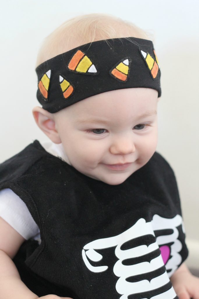 Make a fun headband for Halloween with felt candy corn!