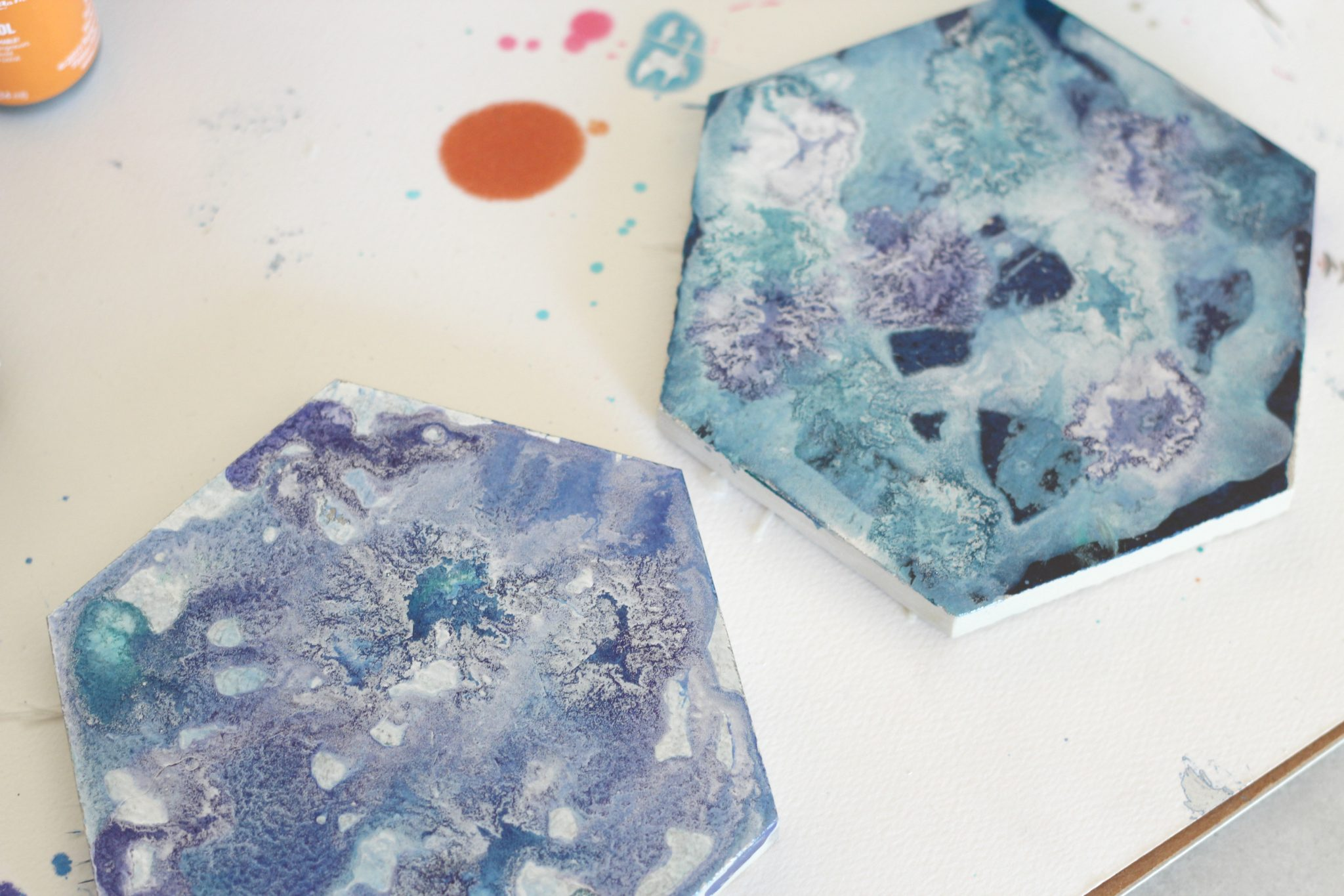 DIY Galaxy Coasters using alcohol inks!