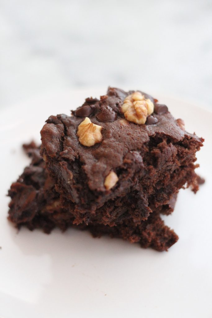 Move over banana bread...these banana walnut brownies are another way to use up those ripe bananas! Gooey and chocolaty, they are amazing when they are warm with ice cream on top! #brownies #bananabread #bananasplit #ripebananas #chocolatelover #dessert #treats #easybaking #easyrecipes