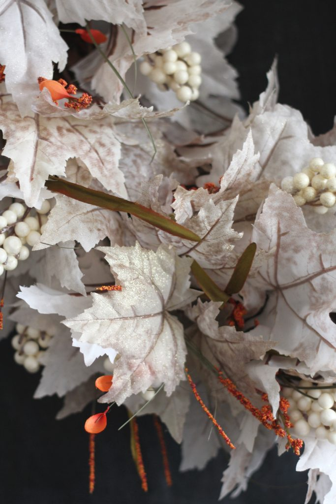 white-leaf-fall-wreath