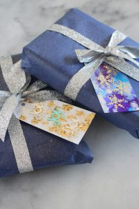 DIY alcohol ink gift tags.