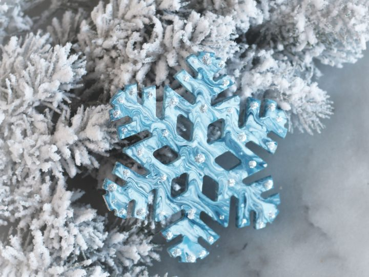 Marbleized Snowflake Ornaments