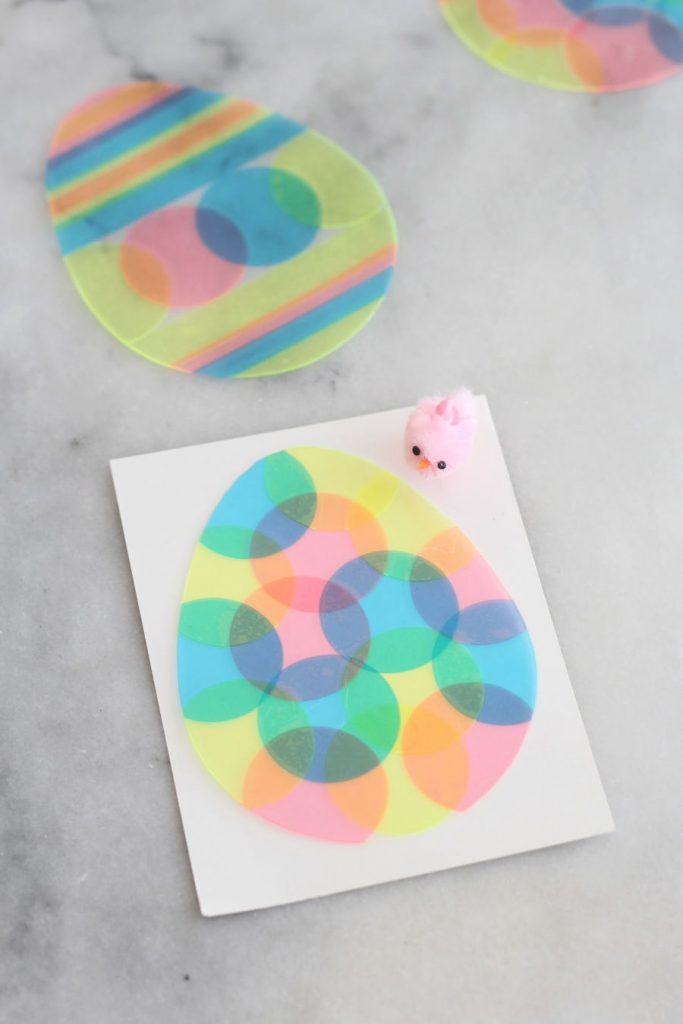 Brighten up your windows using transparent vinyl on these Colorful Transparent Easter Eggs! This fun Easter craft is great for kids and adults alike.