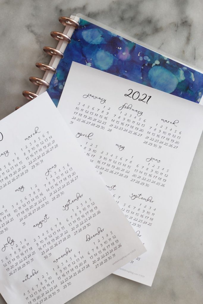 Print out this simple yet pretty full-year calendar to add to your planner or your desk. It's available for 2020 and 2021!
